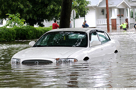 Sandy-car-flooded