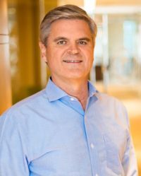 Headshot_steve_case