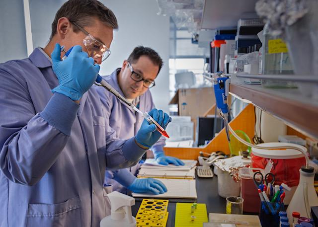 ALSA_Cedar-Sinai Lab techs