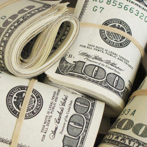 Bundles_of_money_$100_bills_Pictures_of_Money